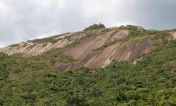 Subida à Pedra Grande na madrugada do feriado de 1º de maio está proibida