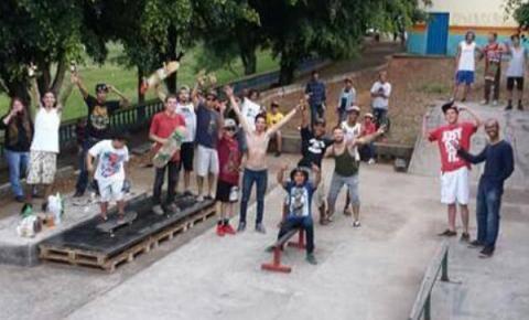 Skatistas de Pinhalzinho reivindicam nova pista