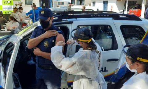 Iniciada a vacinação nos profissionais da Força de Segurança