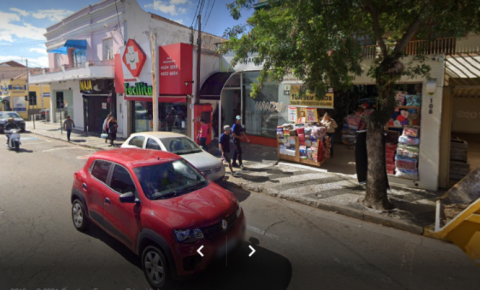 Comércio irá abrir em horário normal no feriado de Tiradentes