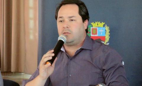 Prefeito afastado, Saulo Pedroso, gastou mais de R$ 7 milhões só com publicidade