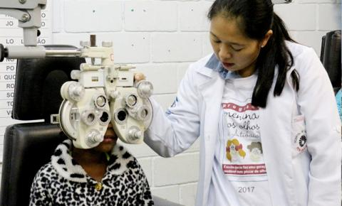 """""""Menina dos Olhos"""" vai entregar óculos gratuitos para mais de 280 estudantes"""