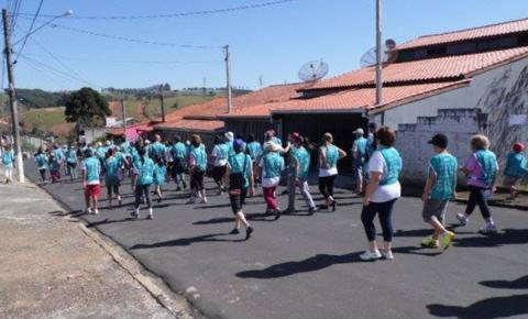 Caminhada visa prevenção da obesidade