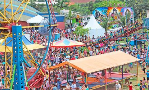 Parque de Diversões gratuito chama a atenção no Dia das Crianças