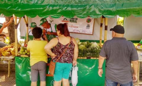 Inauguração da Feira do Produtor Rural atrai população