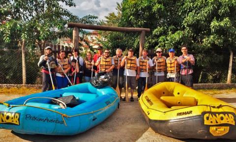 Voluntários dão início à Semana do Meio Ambiente retirando lixo de Rio